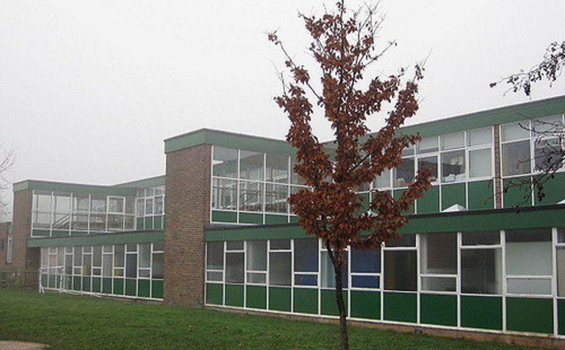 Smoke Cloak School